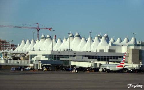 デンバー国際空港.jpg